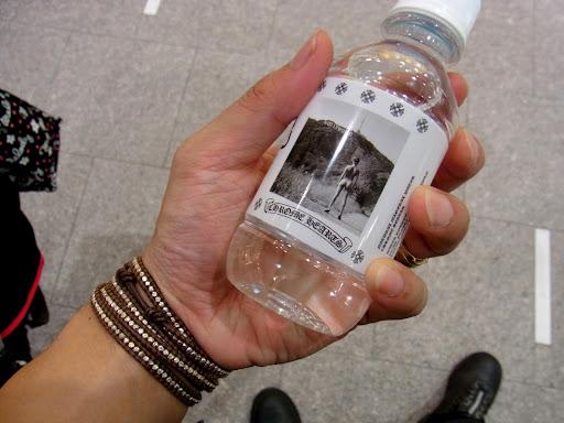 クロムハーツの水