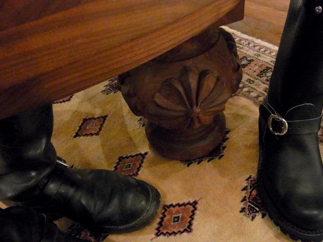 CHROME HEARTS OSAKAの個室にあるテーブル