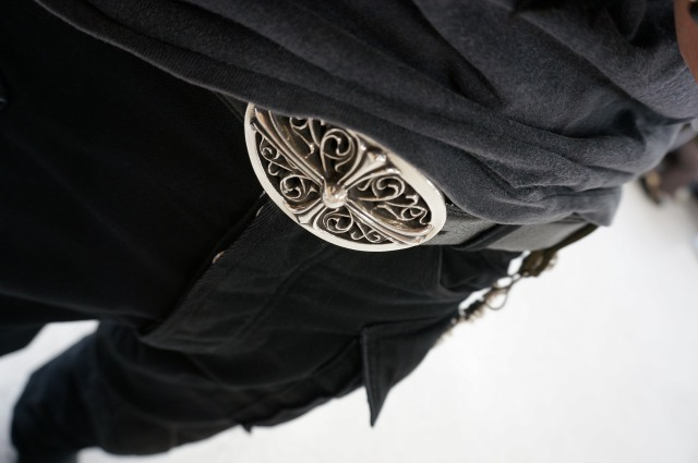 CHROME HEARTS BUCKLE CLASSIC OVAL CROSS 1.5