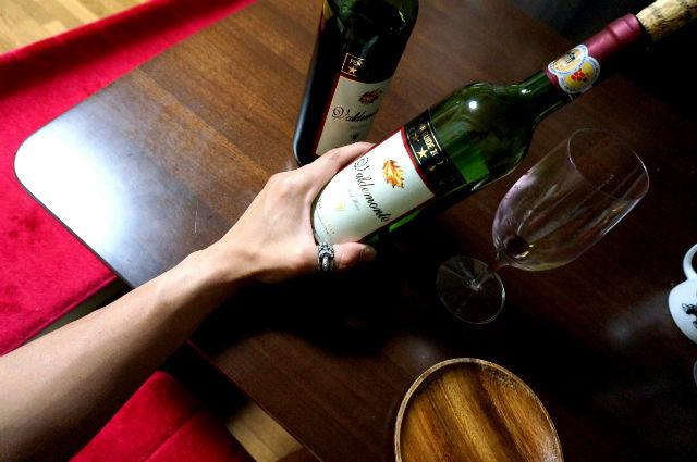CHROME HEARTSのリングとワイン