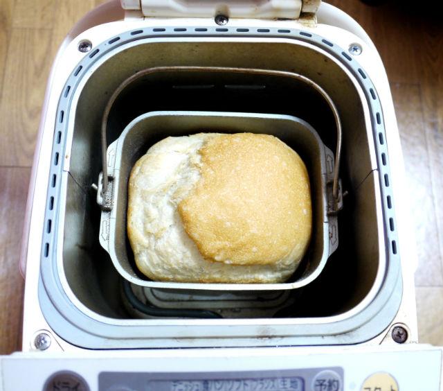 ホームベーカリーでパン