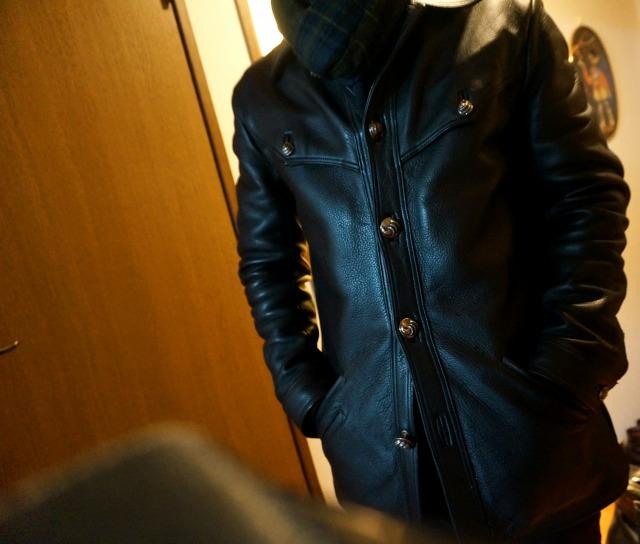 クロムハーツのハンティングジャケットを羽織ったsanasuke