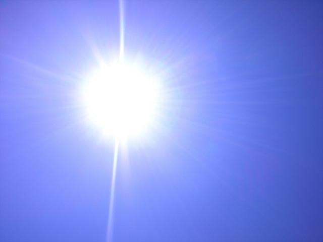 真夏の陽射し