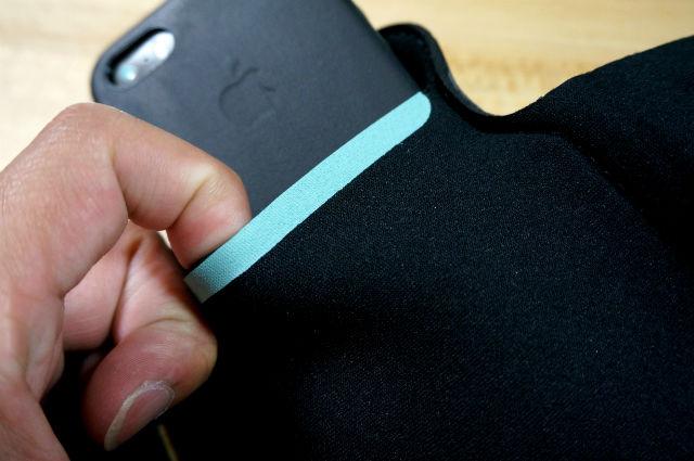 iphoneSE用のランニングケース