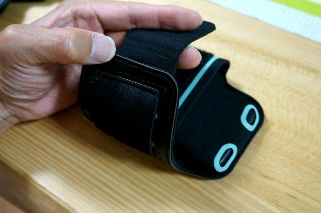 iPhoneSE ランニング用カバー