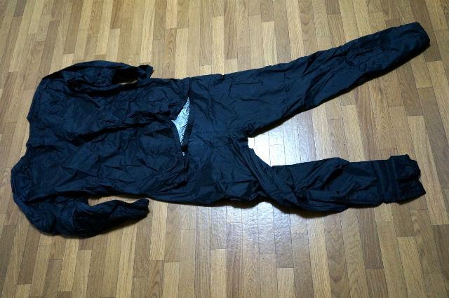 sanasukeのサウナスーツ