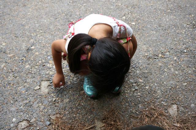 USJ ハリーポッターの世界のお城で歩き疲れた娘