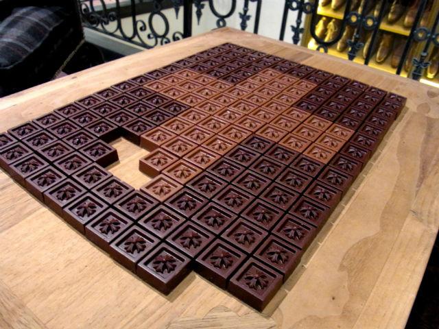 CHROME HEARTS チョコレート
