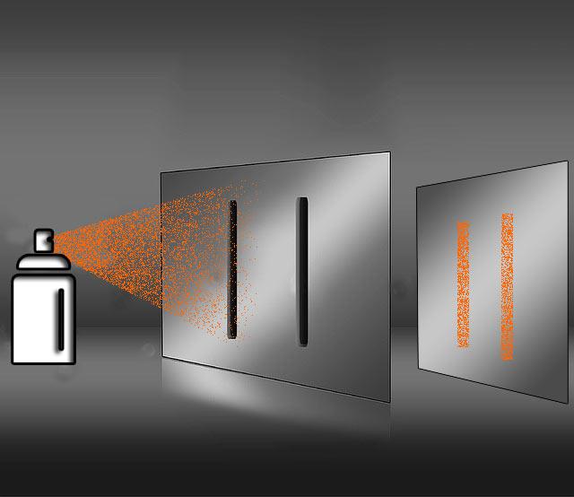 二重スリット実験でスプレーを掛ける画像