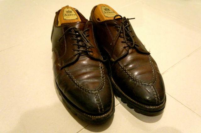 アウトソールが剥がれてきた革靴オールデン2210