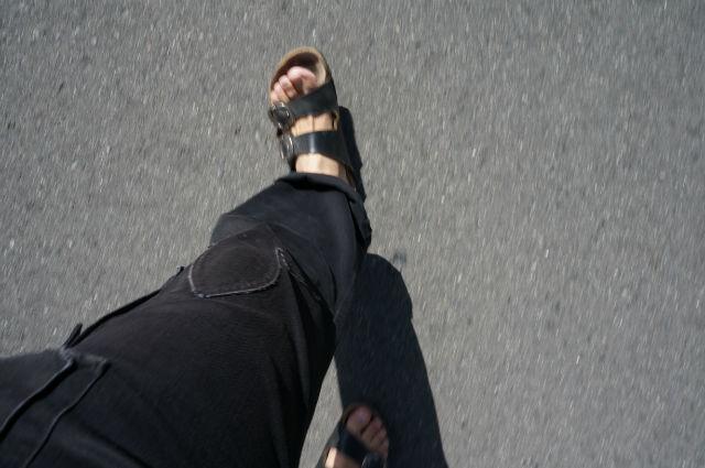 ビルケンシュトック アリゾナ×クロムハーツで歩く