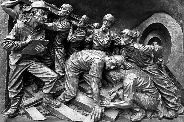 鉱山労働者の石造