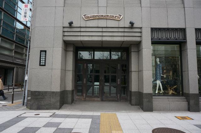 クロムハーツ大阪 心斎橋店の玄関